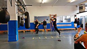 Preparazione atletica sport da combattimento con metodo allenamento a circuito